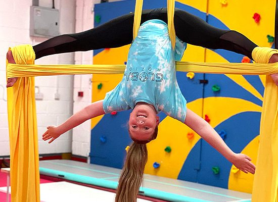 Showtime Circus Circus, Gymnastics, Activities, Holiday Clubs, Birthday Parties, Fitness, Adult fitness, Aerial Milton Keynes